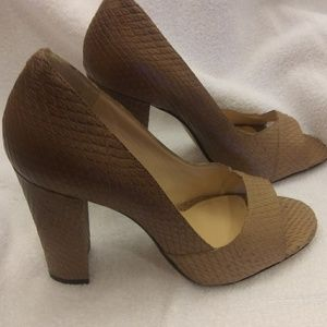 "Talbots tan leather peep toe pumps 4"" heel size 9"